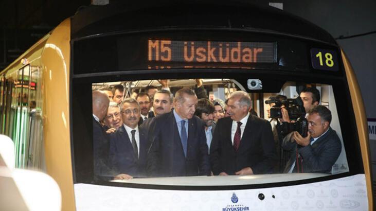 Yeni metro hattı ilk günde 179 bin 612 yolcu taşıdı