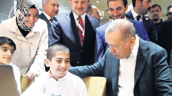 Cumhurbaşkanı Erdoğan: 'Yeniden dirilişin arifesindeyiz'