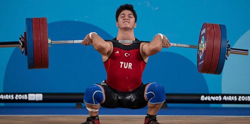 Muhammed Furkan Özbek'ten altın madalya