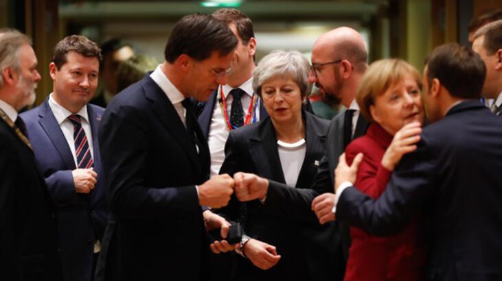 İngiltere basını: Brexit için AB liderleri Başbakan May'e kulaklarını tıkadı
