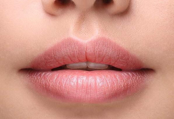 Cilt kanseri dudaklarınızın görüntüsünü bozmasın