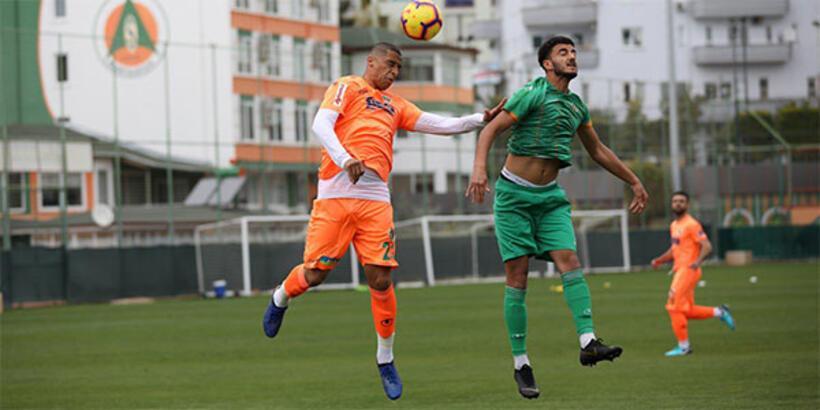 Aytemiz Alanyaspor, U21 takımını 7-1 mağlup etti