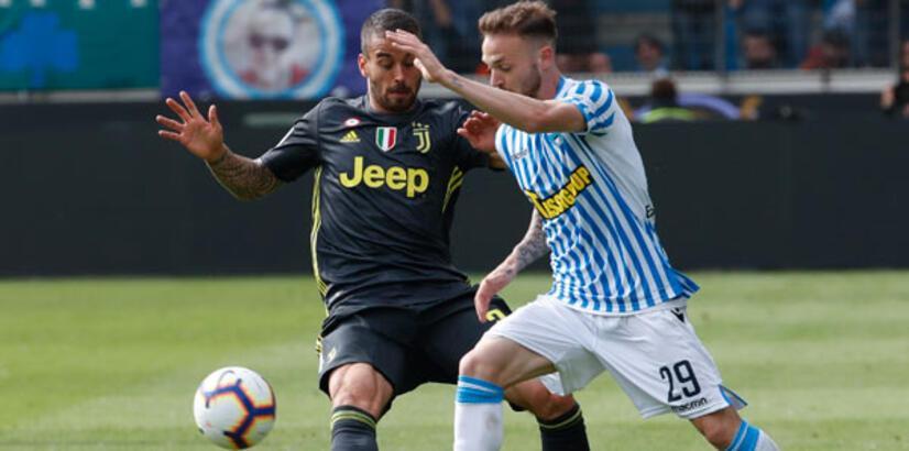 Juventus şampiyonluk turunu erteledi
