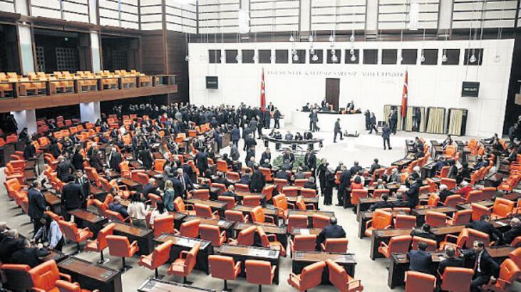 Meclis'te 23 Nisan uzlaşması