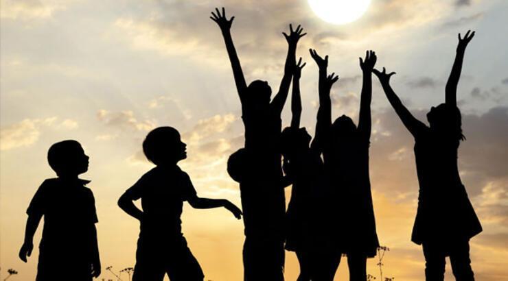 """On Sekiz Yaşına Kadar Her İnsan Çocuk Sayılır"""" maddesi hangi bildirgede? 23 Nisan ipucu sorusu"""