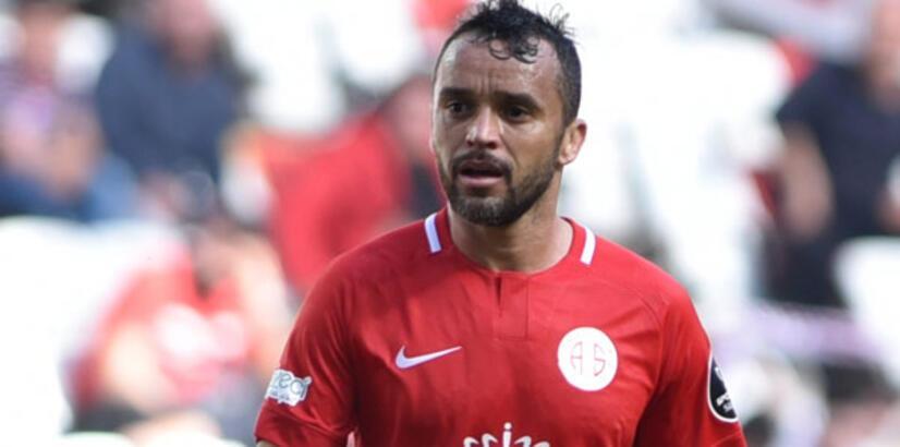 Antalyaspor'da Bursaspor maçı öncesi 2 eksik