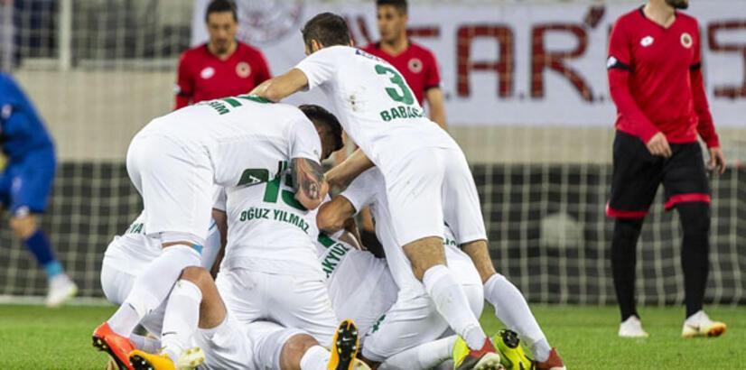 Abalı Denizlispor Süper Lig yolunda