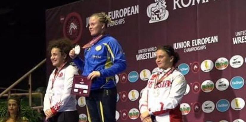 Genç milli güreşçi Kadriye Aksoy, Avrupa ikincisi oldu!