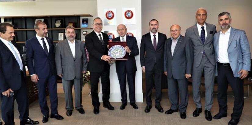 TİAB Başkanı Yaşar Aşçıoğlu'ndan Nihat Özdemir'e ziyaret