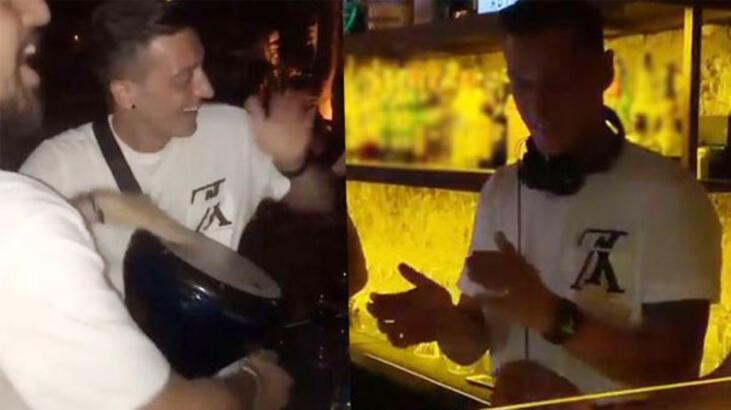Mesut Özil coştu