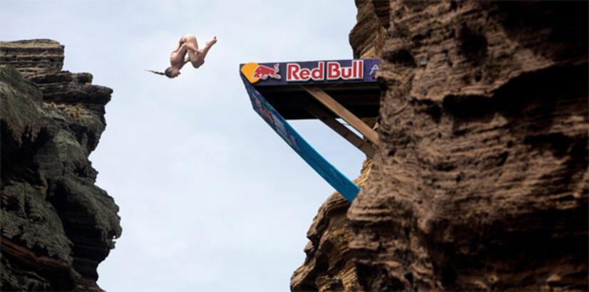 Red Bull Cliff Diving Portekiz'de nefesleri kesti
