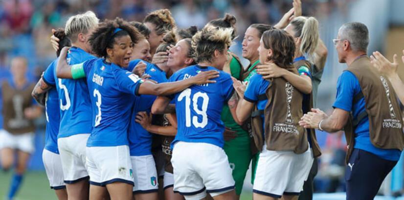 İtalya-Çin: 2-0