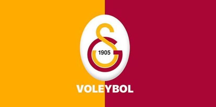 Galatasaray'da voleybolcular için toplu imza töreni