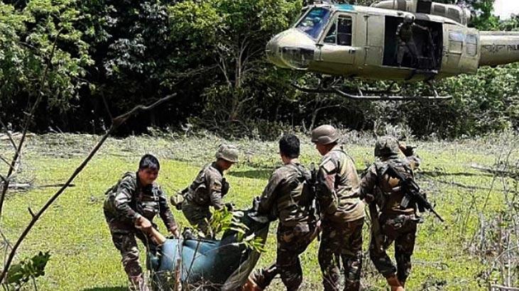 Filipinler'de askeri kampa saldırı