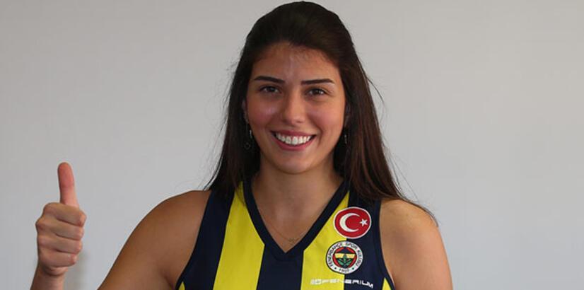 Fenerbahçe Opet, Beşiktaş'tan Ceren'i transfer etti