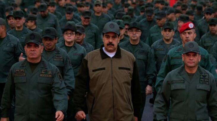 Maduro'dan orduya talimat! Hem denizde hem karada...