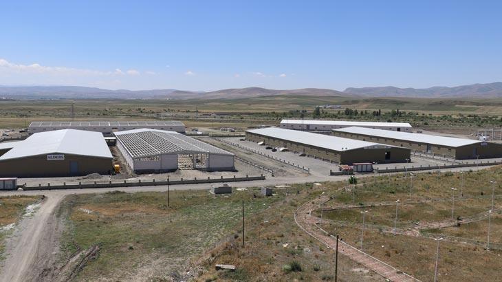 Cumhurbaşkanı Erdoğan'ın müjdelediği fabrikada sona doğru