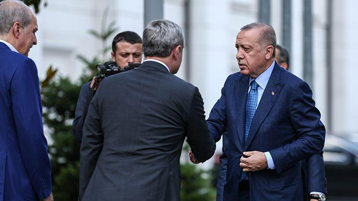 Erdoğan, AK Parti milletvekilleriyle kahvaltıda bir araya geldi