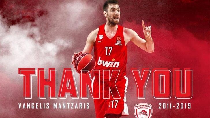 Olympiakos, Vangelis Mantzaris ile yollarını ayırdı