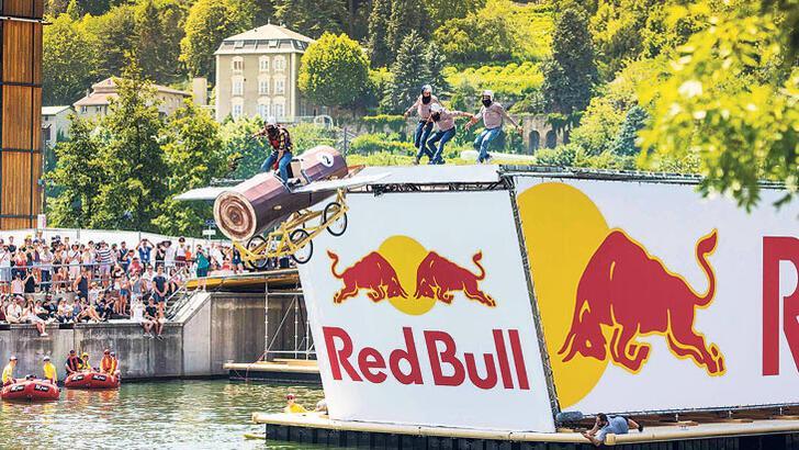 Caddebostan'da   Red Bull rüzgârı
