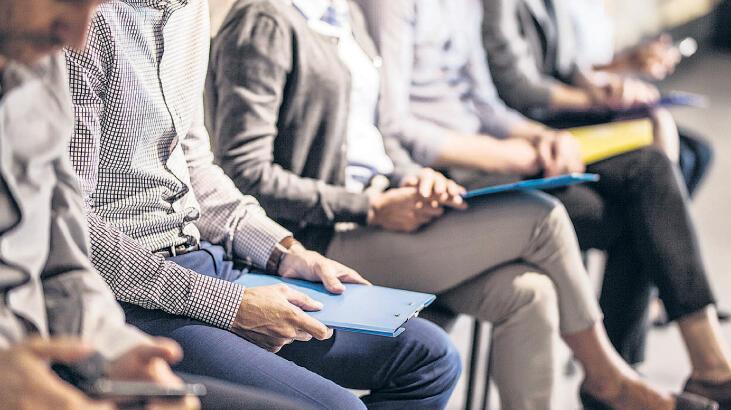İş arayana 'yardım' gençlere iş harçlığı