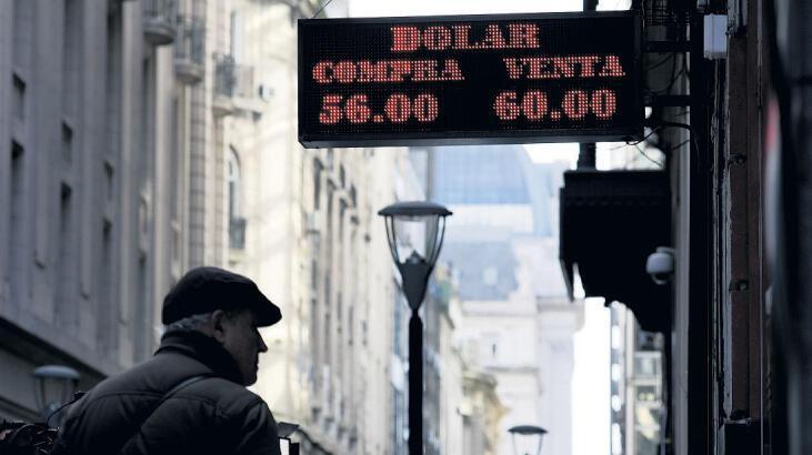 Arjantin 'ön seçim' yaptı ülkede piyasalar sallandı