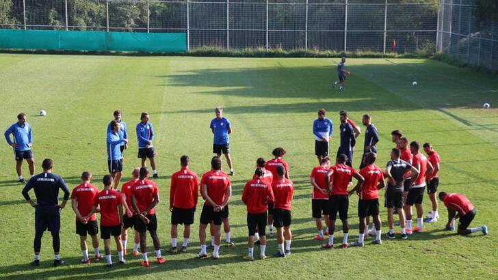"""Antalyaspor sezona """"gençleşerek"""" giriyor"""