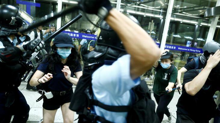 Çin bir kez daha 'terör' dedi