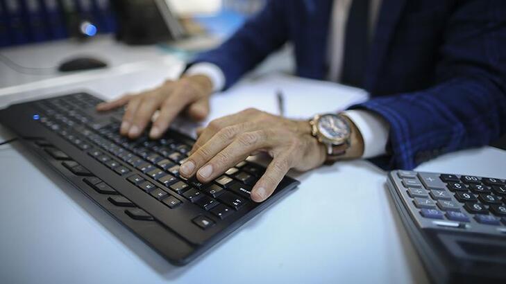 İş yerinde cinsel içerikli sitelere girenler tazminatsız kovulacak ile ilgili görsel sonucu