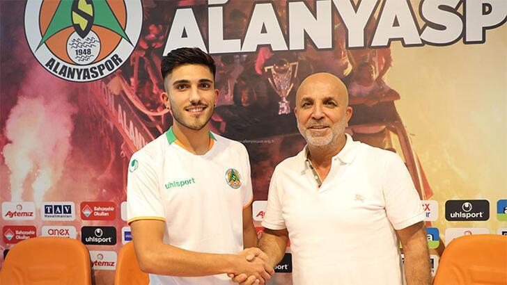 Alanyaspor'da transfer: Umut Güneş'ten 4 yıllık imza