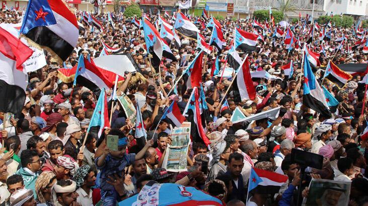 Birleşik Arap Emirlikleri'nden Yemen'de gövde gösterisi