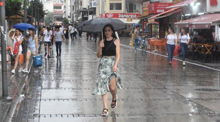 İstanbul'da sıcaklıklar azalıyor! Hava durumu Cuma günü nasıl olacak?