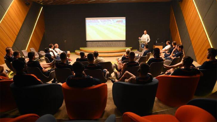 Medipol Başakşehir'e MHK'den bilgilendirme toplantısı