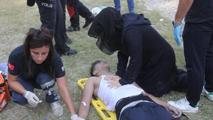 Anne ve baba ölen çocuklarına kalp masajı yaptı!