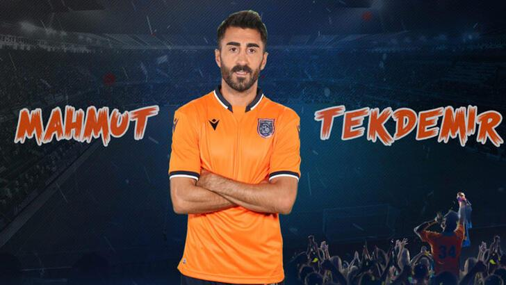 Başakşehir, Mert Günok ve Mahmut Tekdemir'le sözleşme yeniledi