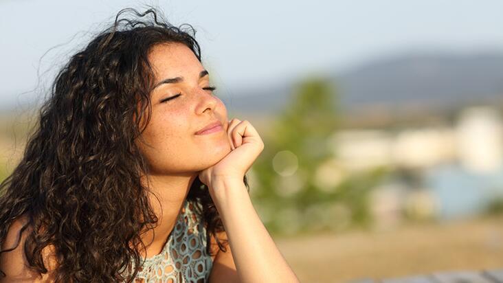 Bilinçli farkındalıkla kişi hayatında neleri iyileştirebilir?