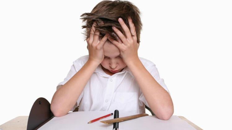 Başarısızlık korkusu okul fobisini tetikleyebilir