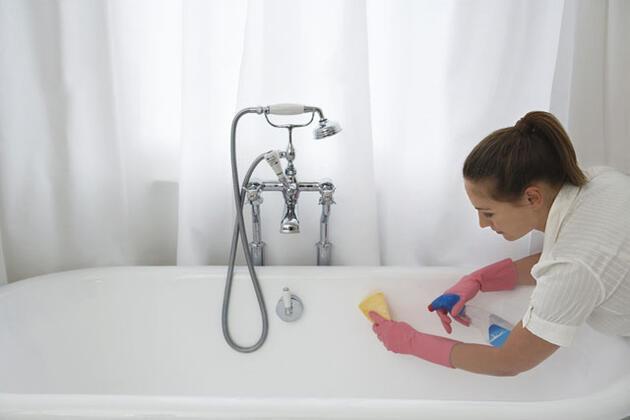 Banyoyu temizlemek: 100 kalori
