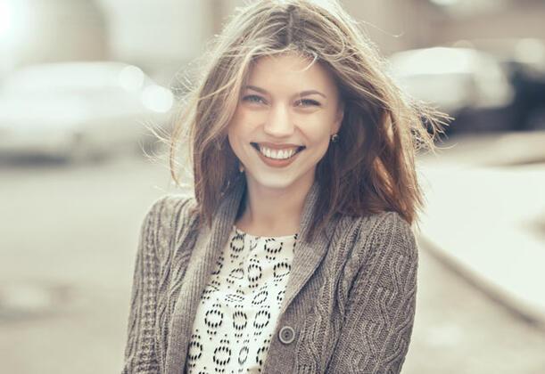 - Gülümseyin