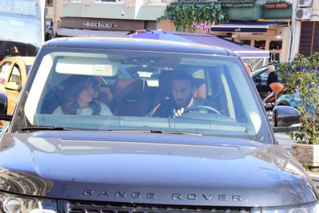 Rekor bonservis bedeliyle Beşiktaş'tan Everton'a tranfer olan Cenk Tosun, önceki gün eşi Ece Tosun ile Bebek'te görüntülendi. (Umut Ünver / Cadde)