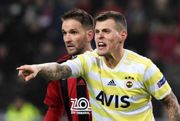Fenerbahçe ile sözleşmesi sezon sonunda bitecek olan Martin Skrtel için yeni bir transfer açıklaması daha geldi. (Celal Umut Eren / Skorer Dış Haberler)