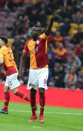 Galatasaray'da ocak ayında 10 milyon euro bonservis bedeli karşılığında Kasımpaşa'dan transfer edilen Diagne, Yeni Malatyaspor maçında da performansıyla hayal kırıklığı yarattı.(Nevzat Dindar / Skorer)