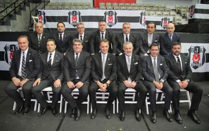 Teknik direktör arayışlarını sürdüren Beşiktaş'ın takımın başına getireceği ismi belirlediği öne sürüldü.(Skorer Dış Haberler)