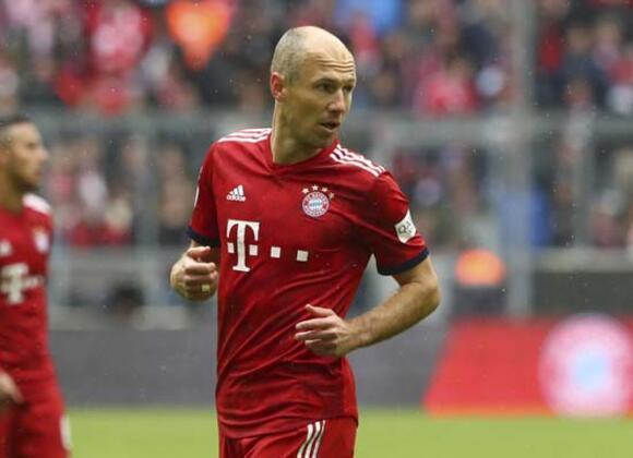 Bayern Münih'ten ayrılan ve bonservisi elinde olan Arjen Robben için Süper Lig devinin devreye girdiği ileri sürüldü...(Celal Umut Eren / Skorer Dış Haberler)