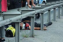 E-5'te motorize polis ekibi kaza yaptı! 2 yaralı...