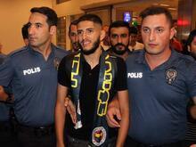 F.Bahçe'nin transferi Benzia İstanbul'da
