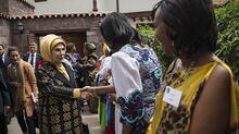 Emine Erdoğan'ın Afrika Evi ziyaretinde renkli görüntüler