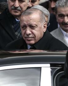 Cumhurbaşkanı Erdoğan, cuma namazını Başyazıcıoğlu Camisi'nde kıldı