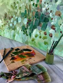 Urza İstinye'de, 10.yıl coşkusu devam ediyor, davetler sanatla birleşiyor.