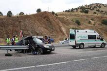 Çok feci kaza! Eşi olay yerinde hayatını kaybetti